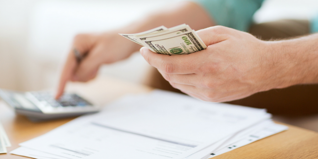 Wanderly: 5 Ways to Make Extra Money on Your Travel Nurse Assignment.